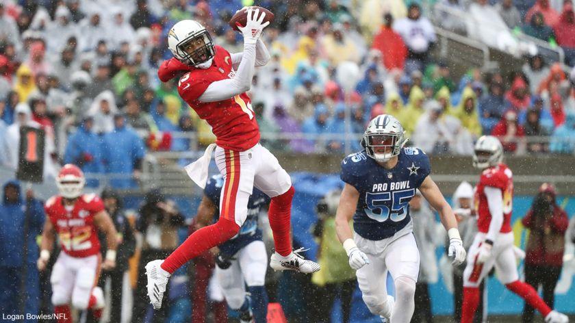Keenan Allen makes a catch in the 2018 Pro Bowl | Via NFL.com