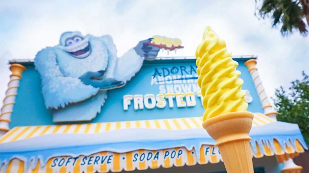 Adorable Snowman Frosted Treats and Mint Julep Bar