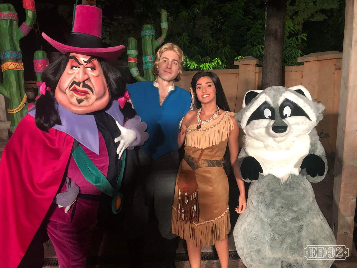 Disneyland Paris Annual Passholder Party Celebrates 100
