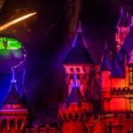"Video – ""Halloween Screams"" Fireworks Returns on Opening Night of Halloween Time 2019 at Disneyland"