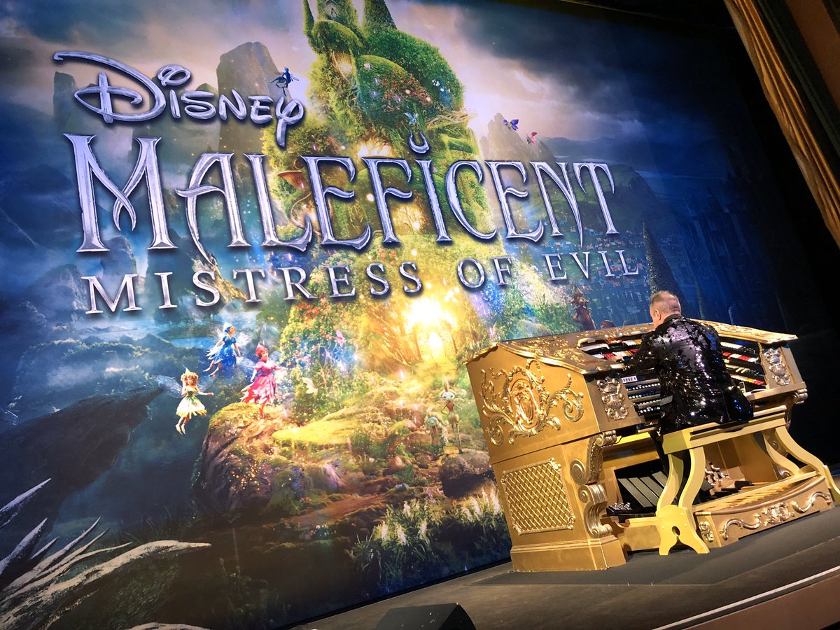 Video Disney S Maleficent Mistress Of Evil Opens At El