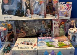 """Toy Review: """"Frozen 2"""" Fan Fest Roundup from Hasbro (Dolls, Figures, Monopoly, Play-Doh, Trouble)"""