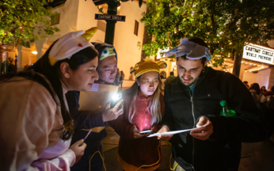 """Disneyland Cast Participates in """"Minnie's Moonlit Madness"""" and Raises $5,000 for Girls Inc. of Orange County"""