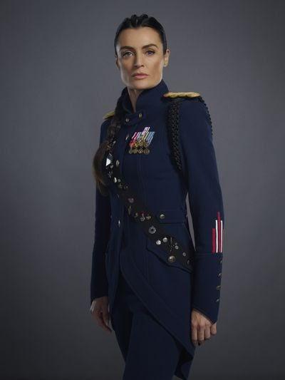 Lyne Renee as General Sara Alder