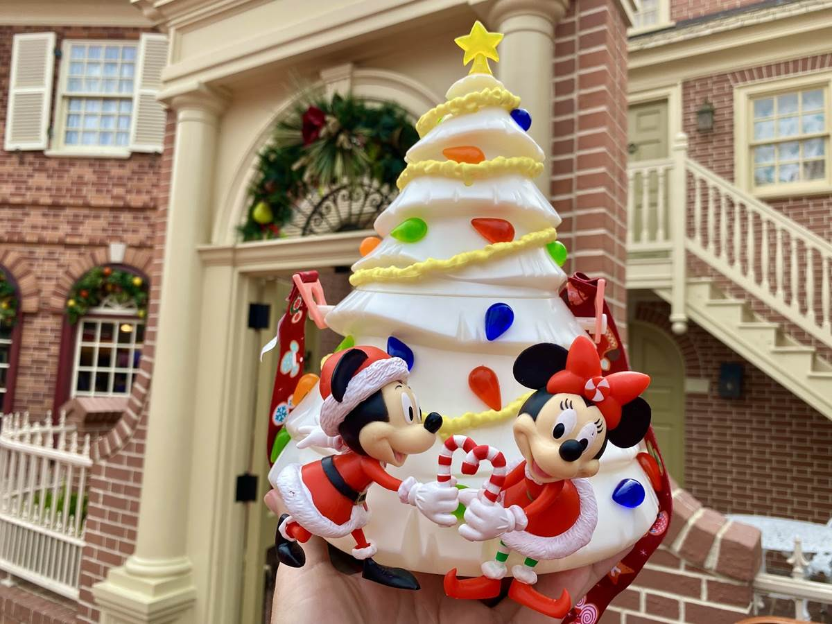 New Disney Parks White Christmas Tree Holiday Popcorn Bucket Mickey Minnie 2020