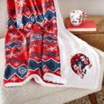 Stay Comfy and Cozy with shopDisney's Mickey and Minnie Fleece Throw